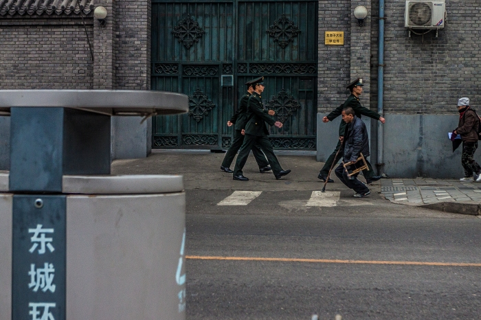 Army guards on the move