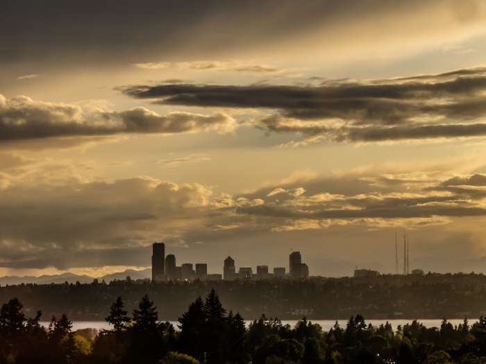 Soft light going down on Seattle